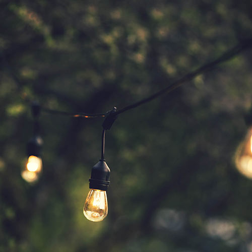 Outdoor Light Strand With Hanging Sockets