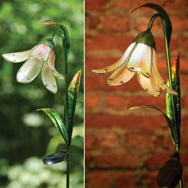 Glass Solar Lily Stake