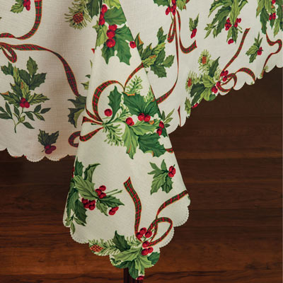 178cm Round Holly Tablecloth