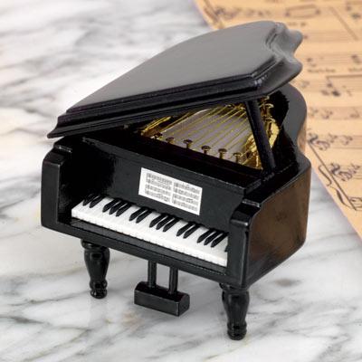 Grand Piano Music Box - It's A Small World