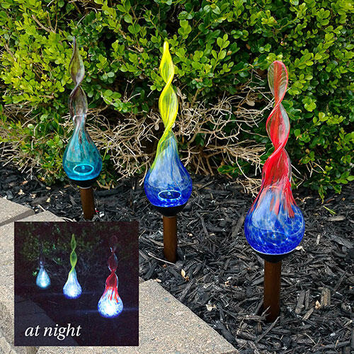 Spiral Glass Solar Stakes–Set of 3