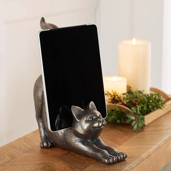 Stretching Cat Tablet Stand