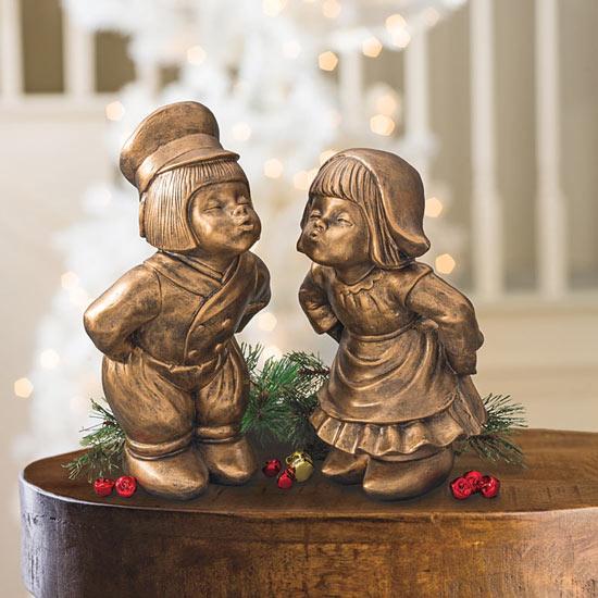 Bronze Kissing Dutch Couple Statue Set