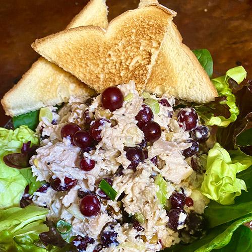 Razzmatazz<sup>®</sup> Grape Roasted Chicken Salad