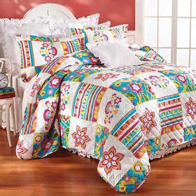 Floral Patchwork Quilt Set