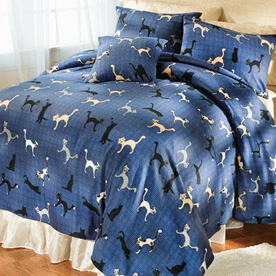 Cuddly Cats Fleece Blankets & Accessories
